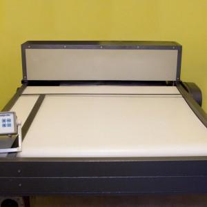 Установка испытательная для проверки диэлектрических ковров АИДК-20Ц
